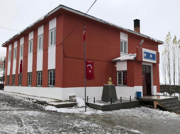 KARS SARIKAMIŞ Güllüce Önder Şahan İlkokulu