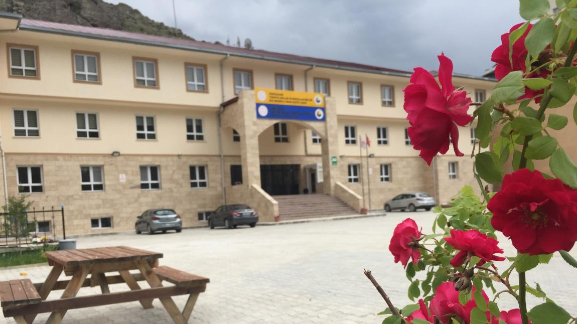 GÜMÜŞHANE MERKEZ Türkiye Odalar ve Borsalar Birliği Kız Anadolu İmam Hatip Lisesi